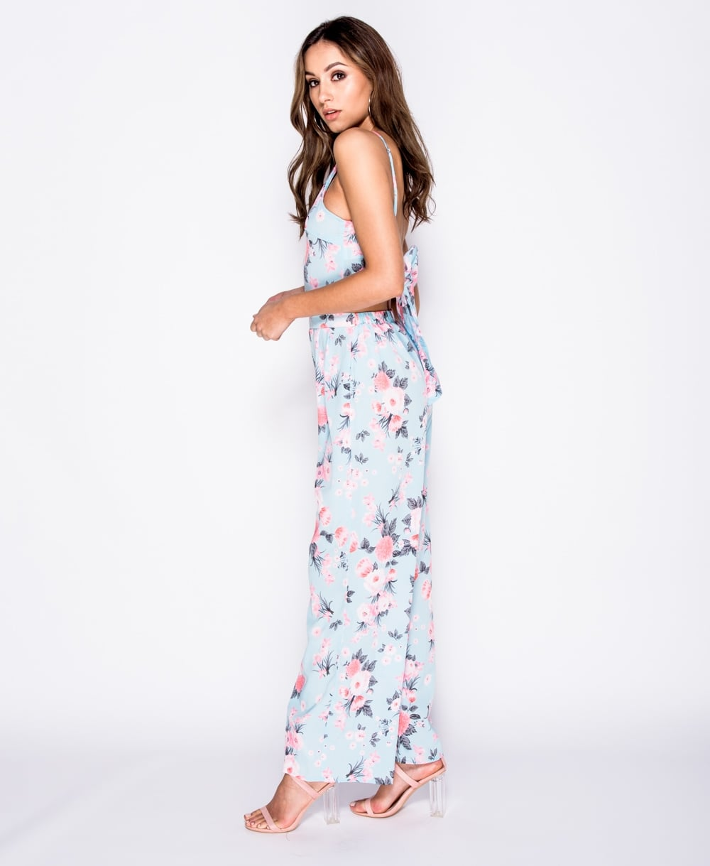 8373782867bdd7 Floral print cami crop top wide leg trousers set Online shopping mauritius